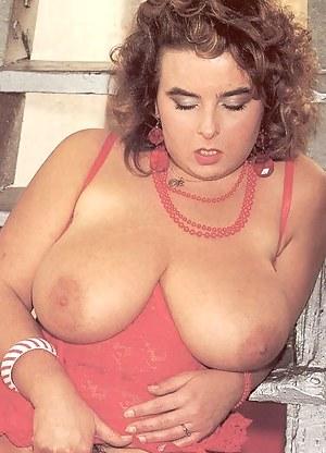 MILF Retro Porn Pictures