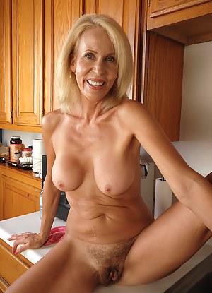 Milf Kitchen Milf Porn Pictures